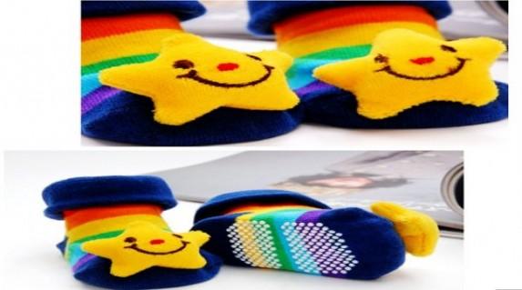 Combo 3 Bộ Tất 3D hình thú nổi được thiết kế kiểu dáng xinh xắn, cực đáng yêu với nhiều hình thú và màu sắc dành cho cả bé trai và bé gái.Chỉ với giá 85.000 VNĐ tại Rẻ Từng Giây! - Đồ dùng trẻ em - Đồ dùng trẻ em