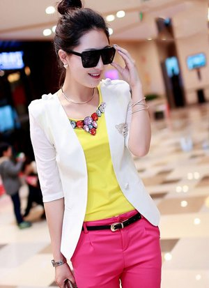 Rẻ Từng Giây - AO VEST NU LOGO HINH COP GIA RE CHI CO 130.000 VND
