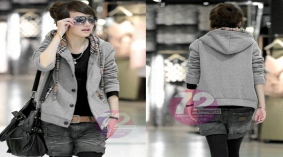 Áo khoác Burberry sành điệu chỉ 120.000 vnđ cho bạn gái thêm phong cách trẻ trung và lịch lãm .Giá cực Hot chỉ có tại Retunggiay.vn ! R2015
