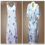 Đầm ngủ có áo khoác hoa văn bông xinh xắn chỉ 94.000 vnđ giúp bạn gái thêm gợi cảm, quyến rũ - 1 - Thời Trang và Phụ Kiện