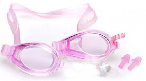 Bộ sản phẩm mắt kính bơi( 1 kính bơi,1 kẹp mũi,1 cặp bịt tai) chỉ 39.000 vnđ.giúp bảo vệ đôi mắt của bạn và bé an toàn.