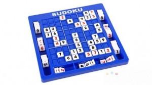 Bộ đồ chơi ô số Sudoku - Nâng cao tư duy logic - Rèn luyện trí nhớ - Suy luận sắc bén, linh hoạt - Đem lại phút giây thư giãn cho cả gia đình. Sản phẩm trị giá 155.000 ưu đãi 48% còn 79.000. Khuyến mãi chỉ có tại