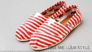 Giày Tom's thiết kế đặc biệt dành riêng cho phái nữ - Cho bạn gái dáng vẻ năng động mà vẫn tỏa sáng. Sản phẩm trị giá 350.000 còn 145.000. Giảm giá đến 50% duy nhất có tại