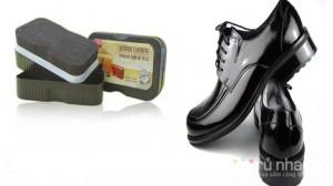 Xi mút đánh giày Leather Clothing Polish Liquid Wax : Cho những đôi giày, túi xách da của bạn luôn sáng bóng, giúp tiết kiệm thời gian và chi phí. Sản phẩm trị giá 55.000đ ưu đãi chỉ còn 30.000đ. Đừng bỏ lỡ cơ hội tại Rủ nhau