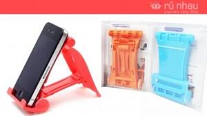 Ghế đỡ Iphone: Rèn luyện thói quen ngăn nắp, góp phần bảo vệ các sản phẩm công nghệ, tránh bị rơi, vỡ, trầy xước. Sản phẩm trị giá 130.000đ ưu đãi chỉ còn 65.000đ. Chỉ có tại