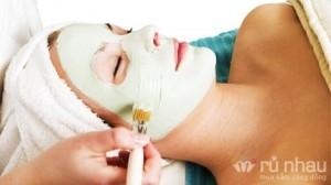 Á Đông Beauty Spa: Liệu trình 06 buổi lăn kim điều trị mụn cám 90' - Đánh bật những vị khách không mời trên gương mặt - Trả lại sự tự tin cho bạn. Dịch vụ trị giá 6.000.000 ưu đãi 80% còn 1.200.000