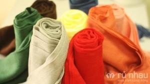 Khăn len Zara - Nhiều gam màu từ trẻ trung cho đến trang nhã, sang trọng - Dễ dàng kết hợp với trang phục công sở, dạo phố, váy... Sản phẩm trị giá 140.000 ưu đãi 51% còn 68.000 chỉ có tại
