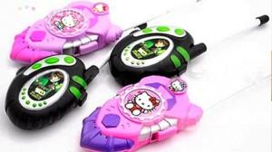 Bộ đàm đồ chơi trẻ em: Cho bé thỏa thích vui chơi, vận động, tư duy với kiểu dáng xinh xắn. Sản phẩm có mẫu dành cho bé trai và bé gái chỉ 69.000đ