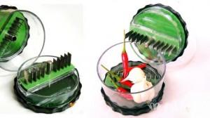 Dụng cụ xay tỏi ớt - Thiết kế nhỏ gọn, tiện lợi - Chuyên nghiệp trong nhà bếp từ những vật dụng nhỏ nhất. Sản phẩm trị giá 98.000 ưu đãi 41% còn 58.000. Chương trình ưu đãi hiện có tại