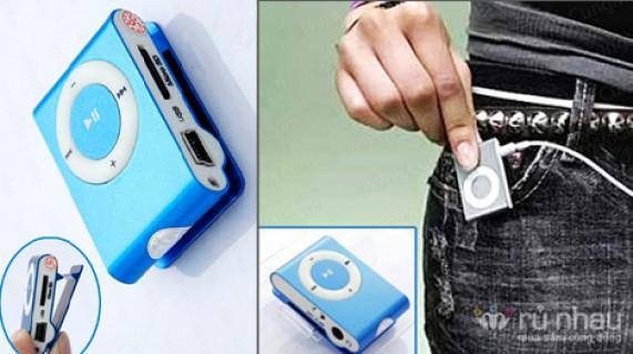 MÁY NGHE NHẠC MP3: Cho bạn tận hưởng không gian âm nhạc cực đỉnh. Sản phẩm hỗ trợ thẻ nhớ lên đến 16GB, trị giá 150.000đ ưu đãi chỉ 69.000đ. Đừng bỏ lỡ cơ hội tại Rủ nhau - Công Nghệ - Điện Tử