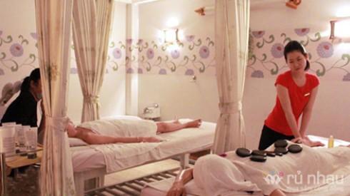 Chọn 1 trong 4 gói massage 60 phút chăm sóc sức khỏe gồm thư giãn, đá nóng, thái, nến tại Angel Spa. Voucher trị giá 200.000đ, còn 65.000đ. Đừng bỏ lỡ cơ hội tại Rủ nhau