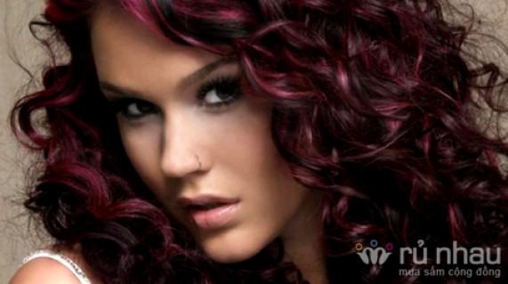 Dịch vụ chăm sóc tóc tại ERIC BEAUTY SALON – cho bạn mái tóc khoẻ đẹp, cá tính với các gói dịch vụ uốn – duỗi – nhuộm tại đây. Dịch vụ trị giá 1.180.000đ ưu đãi chỉ còn 260.000đ. Đừng bỏ lỡ cơ hội tại Rủ Nhau - 1 - Dịch Vụ Làm Đẹp - Dịch Vụ Làm Đẹp