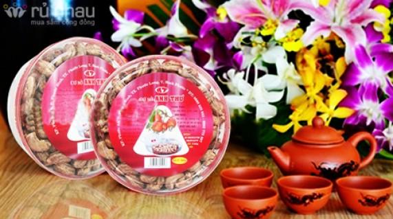 HẠT ĐIỀU LỤA RANG MUỐI (500GR): Cho ngày Tết gia đình bạn thêm sung túc với hương vị đậm đà. Sản phẩm trị giá 200.000đ giảm còn 125.000đ. Đừng bỏ lỡ cơ hội tại Rủ nhau