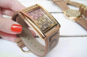 Chỉ 129.000đ bạn có thể sở hữu ngay một đồng hồ cao cấp nữ, kiểu dáng Louis Vuitton dây giả da thật sang trọng và sành điệu. Sản phẩm giảm 66% so với giá gốc 385.000đ. Chỉ có tại Rủ nhau