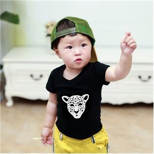 Combo 2 áo thun in hình họa tiết cho bé