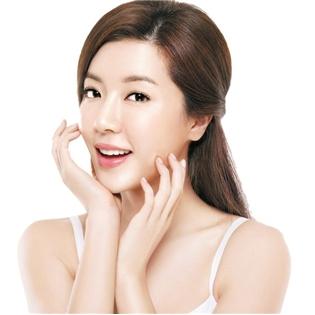Saha - Lieu Trinh Vitamin C Tre Hoa hoac Tai Sinh Da