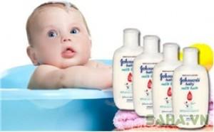 Saha - 4 Sua tam chua sua Johnson's Baby milkbath