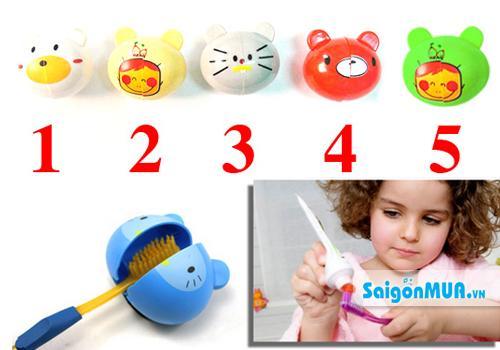 Combo 4 Kẹp Bàn Chải Đánh Răng Hình Thú rất phù hợp với các em bé bởi màu sáng và kiểu dáng rất dễ ...