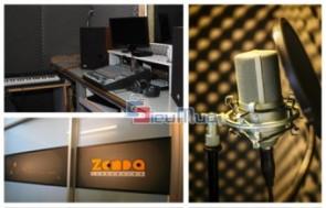 Thu âm tại Zenda Production giá chỉ có 95.000đ, hệ thống phòng thu được trang bị hiện đại đáp ứng nhu cầu đầy đủ cho khách hàng.