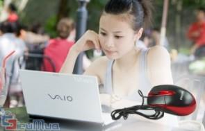 Chuột quang PHILIPS giá chỉ có 64.000đ, dây rút cực kỳ tiện lợi, đặc biệt hữu dụng cho các bạn sử dụng laptop.
