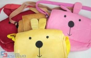 Túi đeo chéo gấu bông cho bé giá chỉ có 86.000đ, được may bằng chất liệu vải bông mịn, mềm mại, êm ái, nhiều hình thú ngộ nghĩnh. - 1 - Đồ dùng trẻ em