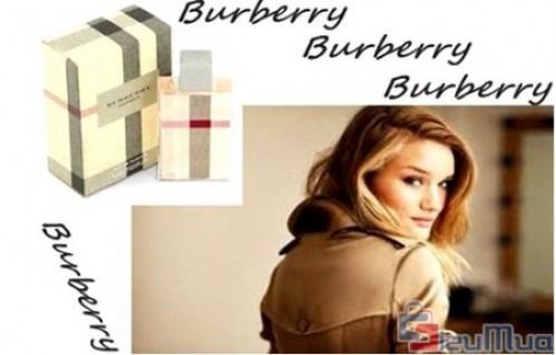 Nước hoa Burberry Brit 5ml dành cho nam và nữ giá chỉ có 75.000đ, làm tôn lên nét tự tin, nam tính ở nam và quyến rũ, cá tính ở nữ.