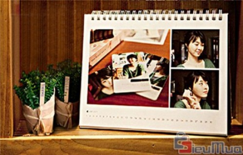Dịch vụ in ảnh lên lịch bàn lưu niệm giá chỉ có 80.000đ, cho bạn những tấm lịch bàn đẹp mắt với hình ảnh của mình.