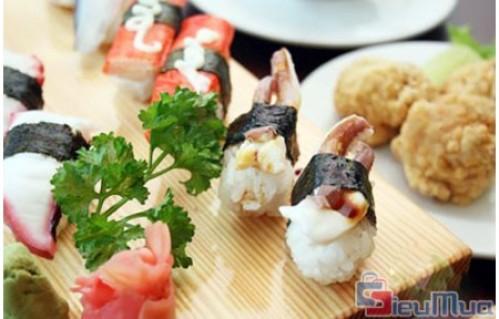 Buffet trưa lẩu và các món Việt Nhật tại nhà hàng SAKURASAKU giá chỉ có 119.000đ. Món ăn chất lượng được chế biến từ nguyên liệu hải sản và các loại thịt được trình bày đẹp mắt . Mang đến những món ăn ngon, giàu dinh dưỡng, được trang trí đẹp mắt.