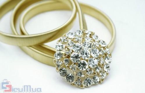 Dây nịt kim loại giá chỉ có 79.000đ, chất liệu kim loại mạ ánh kim, vừa mỏng vừa êm, không gây cảm giác khó chịu cho người sử dụng. - 1 - Thời Trang Nữ - Thời Trang Nữ