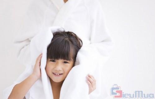 Bộ 1 khăn tắm và 1 khăn mặt giá chỉ có 88.000đ, chất liệu 100% cotton. Sợi lông mềm, mịn và khả năng thấm hút cực tốt thích hợp cho làn da nhạy cảm của bạn. - 1 - Gia Dụng - Gia Dụng