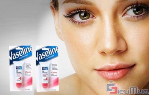 Combo 2 son môi Vaseline Lip Therapy chống nứt môi giá chỉ có 95.000đ, cho đôi môi bạn khiêu gợi và đáng yêu hơn. - 1 - Dịch Vụ Làm Đẹp - Dịch Vụ Làm Đẹp