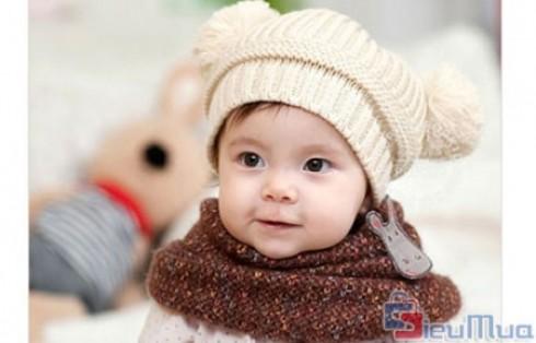 Nón len tai gấu cho bé giá chỉ có 79.000đ. Chất liệu len mịn, ôm sát đầu bé, thoải mái mềm mại. Bảo vệ da đầu cho bé trong những ngày trời se lạnh. - Thời Trang Trẻ Em