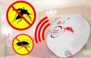 Máy đuổi côn trùng ME5 giá chỉ có 108.000đ. Sử dụng xung điện kỹ thuật không tạo mùi, không gây tác dụng phụ. An toàn cho gia đình và vật nuôi. - 1 - Gia Dụng - Gia Dụng