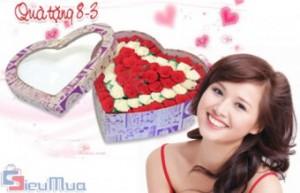 Hộp hoa hồng tình yêu giá chỉ có 140.000đ. Món quà đặc biệt lãng mạn, yêu thương và độc đáo dành cho người thương yêu nhân ngày 8/3.