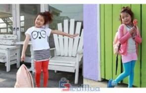 Combo 2 quần legging thun dành cho bé giá chỉ có 85.000đ, vừa giữ ấm cho đôi chân bé vào mùa đông, vừa che nắng vào mùa hè.nhomMua.com - 6 - Thời Trang Trẻ Em