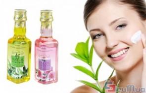 Tinh dầu massage Oliu hoặc hoa hồng 150ml giá chỉ có 80.000đ, giúp cân bằng hoocmon, cải thiện sự trao đổi chất và lưu thông huyết mạch.