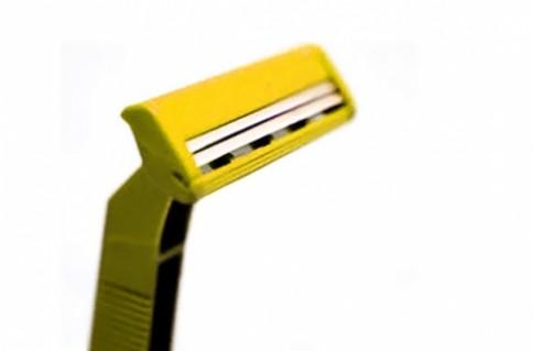VĨ 24 DAO CẠO RÂU SCHICK:dao cạo với lưỡi kép, công nghệ up-to-platinizing
