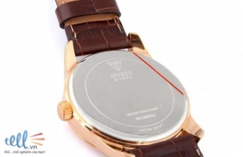 Đồng hồ nam Guess dây da màu nâu mặt tròn nền trắng