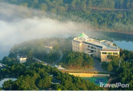 Travel Pon - KHACH SAN DA LAT EDENSEE LAKE RESORT & SPA DANG CAP 5*