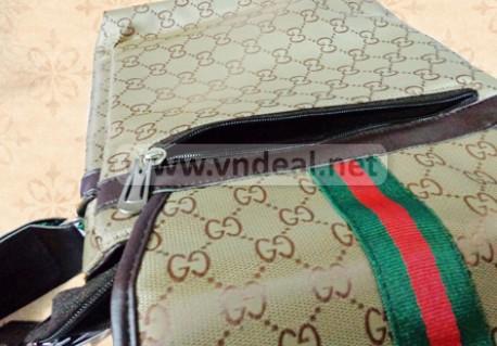 Túi Gucci đựng iPad