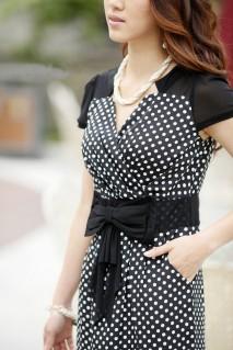 Đầm công sở chấm bi thắt nơ