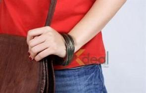 Bộ vòng tay kim loại trẻ trung, năng động giúp bạn gái kết hợp với nhiều loại trang phục với giá chỉ có 49.000đ tại xdeal.vn.