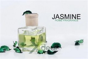 Thật thoải mái với hương thơm thoang thoảng từ tinh dầu thơm Jasmine dung tích 150ml và túi thơm hoa khô dễ chịu. Giá chỉ có 120,000đ tại Xdeal.vn.