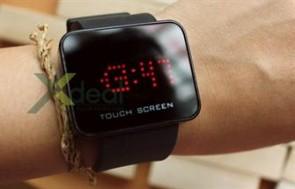 Sành điệu và hiện đại với đồng hồ led cảm ứng Touch Screen. Đồng hồ phong cách, thời trang cho dân yêu công nghệ. Giá chỉ 150.000đ tại Xdeal.vn.