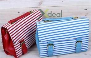 Phủi bụi cho phong cách thời trang thêm năng động với túi hộp Cross Line chỉ 179.000đ. Duy nhất tại Xdeal.vn