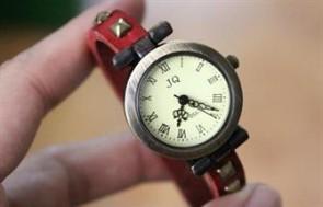 Đồng hồ da Nakato dễ thương, trẻ trung và quý phái cho tất cả các bạn gái.