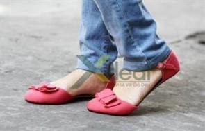 Giày nữ SIMPSAN xinh xắn mang lại vẻ quyến rũ, gợi cảm và góp phần tạo nên sự tự tin, thoải mái cho phái đẹp.