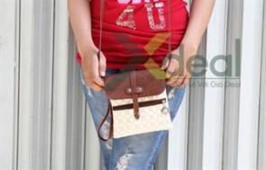 Cho bạn gái phong cách trẻ trung, sành điệu cùng túi mini đeo chéo GARLET Fashion.