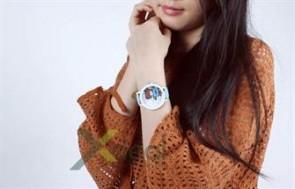 Trông cực cute và đáng yêu với chiếc đồng hồ nữ Bear siêu dễ thương trên cố tay xinh xinh bạn gái. Giá chỉ có 69.000đ tại xdeal.vn.