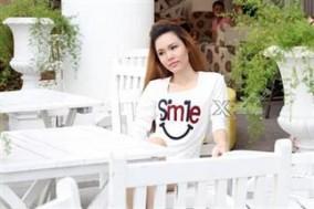 Thật duyên dáng và nữ tính với chiếc áo thun nữ tay dài Fans Girl chất liệu cotton 4 chiều. Giá chỉ có 49,000đ tại Xdeal.vn.